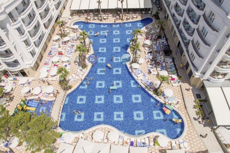 Albania-TIA_Fafa_Grand_Blu_Pool-2