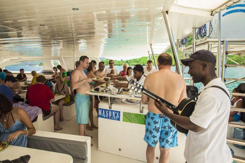 Seychellit_veneretkellä