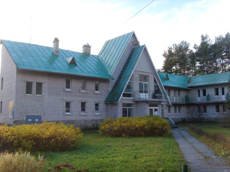 Venäjä_Karjala_Kiviniemi_Losevskaja hotelli_ulkoa