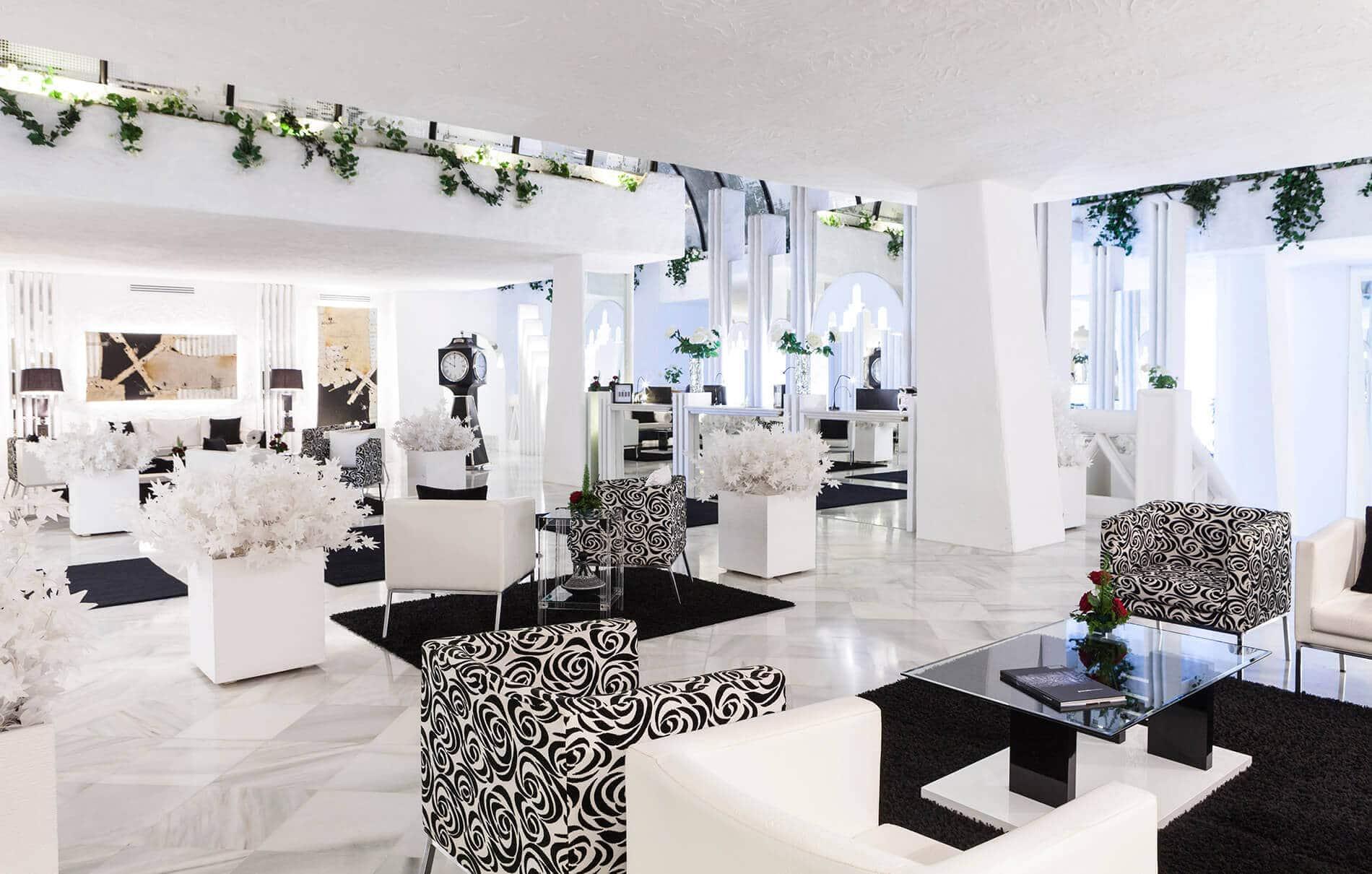 Espanja-Almuneckar-Hotel Suite Albayzin del Mar aula