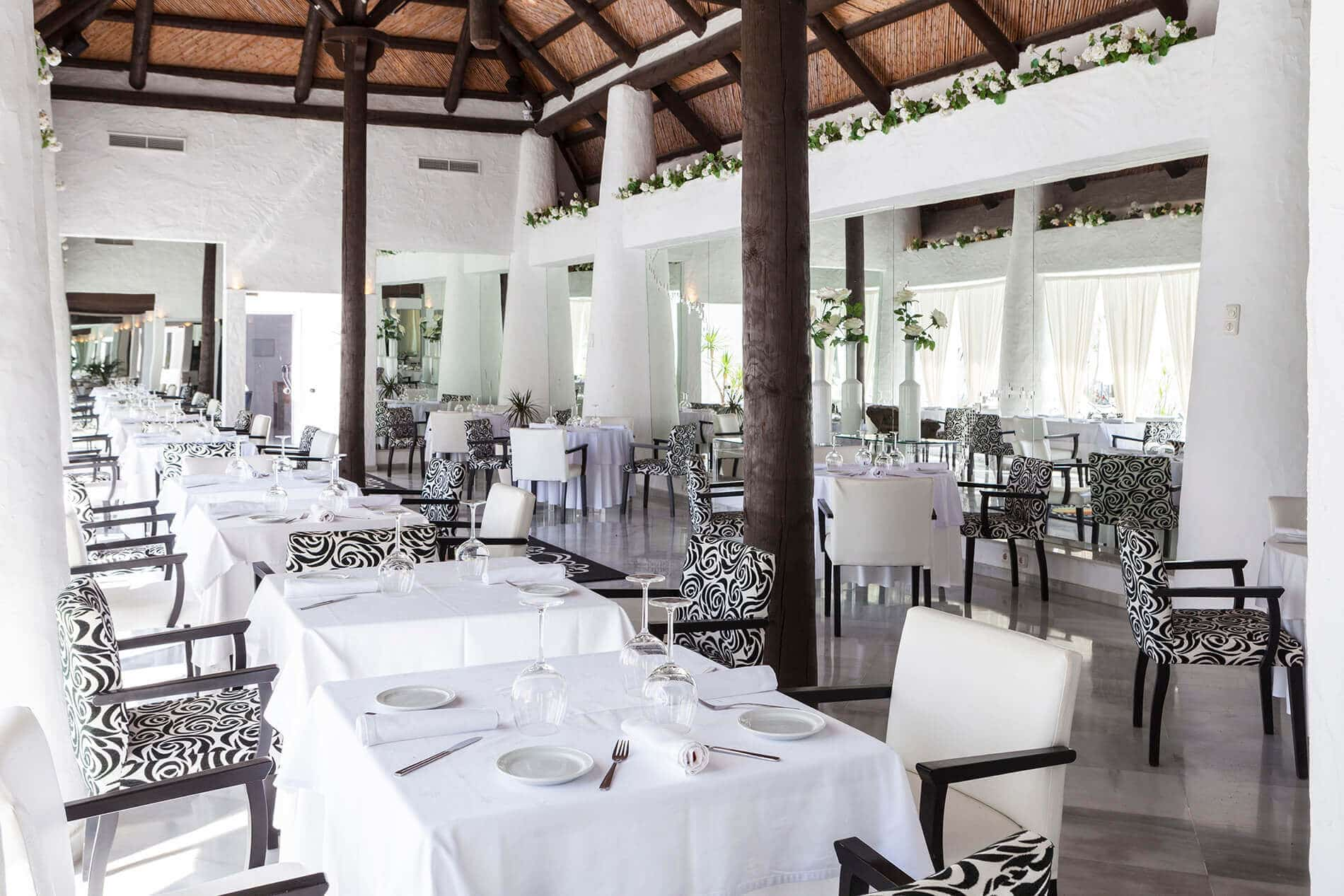 Espanja-Almuneckar-Hotel Suite Albayzin del Mar ravintola