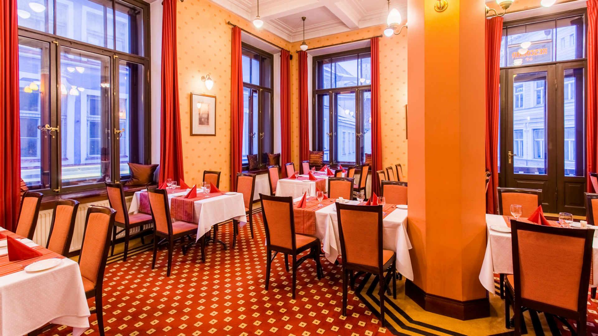 Tallinna-barons_restoran_19201080