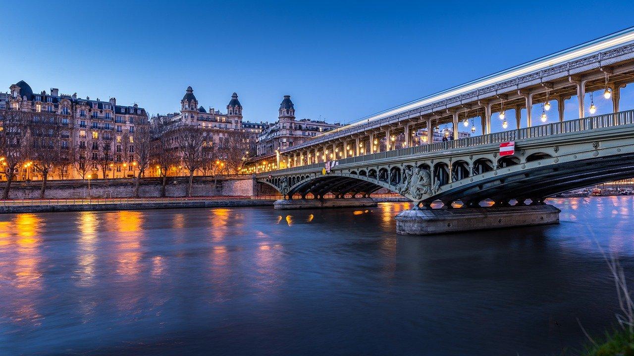 Ranska Pariisi jokiristeily Lumoava Seine